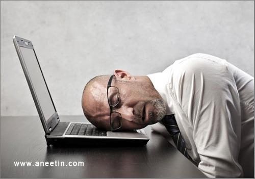 laptop while sleeping