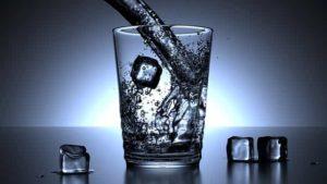 glass-1206584_640-min